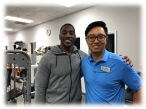 Dr.Shin and current NFL RB Redskins, Mack Brown after his Physical Therapy